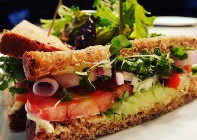 lila-lunch-sandwich